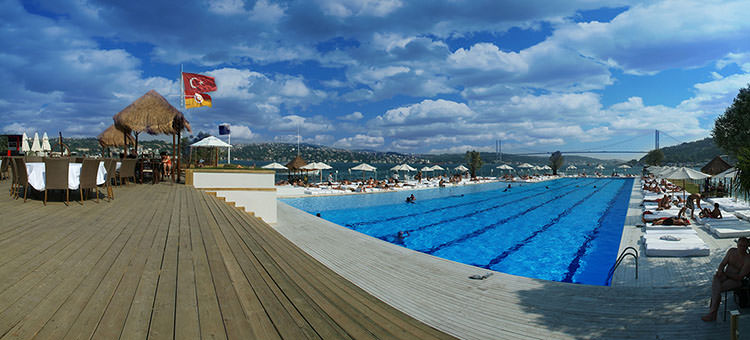 Picture of the nice pool of SuAda in Istanbul, Turkey.