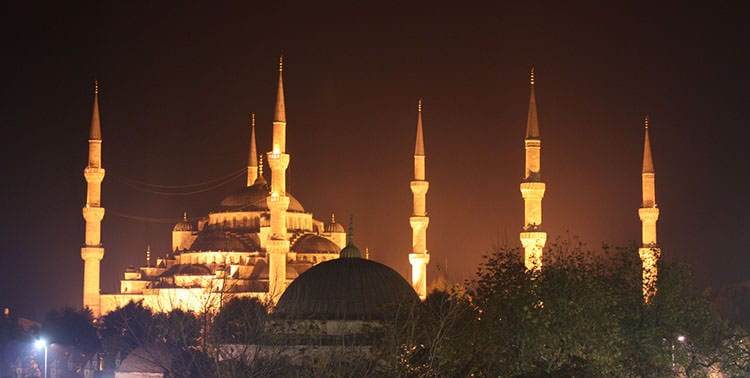 Picture of the Blue Mosque by night in Istanbul, Turkey.