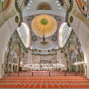 Interior of Süleymaniye Mosque in Istanbul