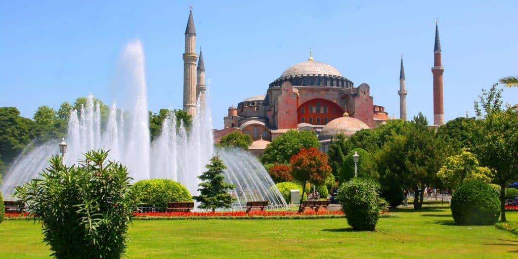 Hagia Sophia in Istanbul with fountain